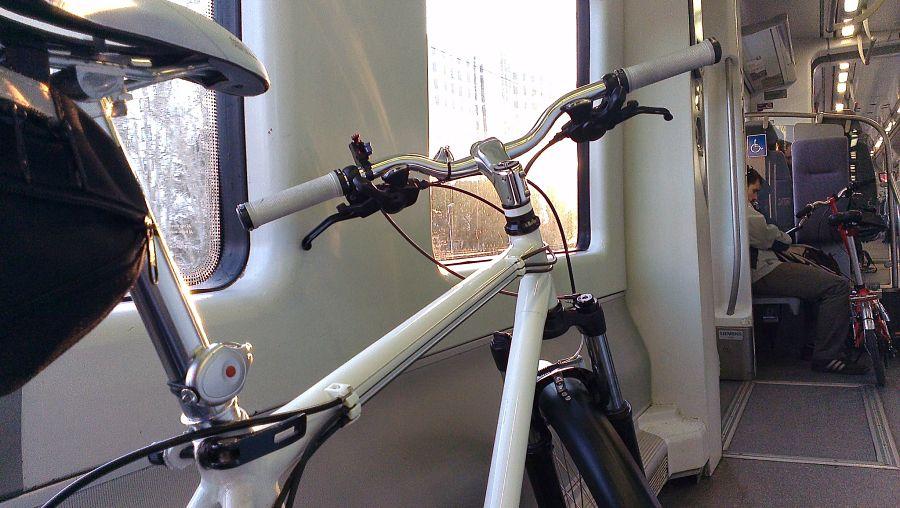 Bicicleta tren cercanias