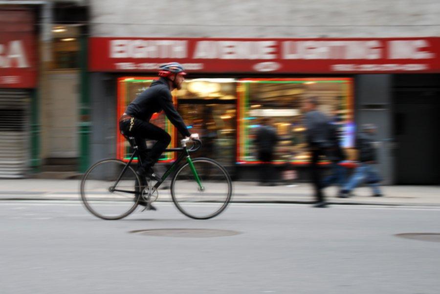 Ciclista_urbano_bici_mensajero